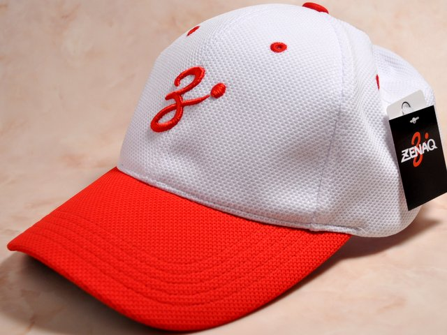 ZENAQ COOL MAX MESH CAP RED WHITE